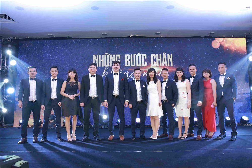 """100 CNNV Danko Group được vinh danh trong sự kiện """"Danko Champion 2017 – những bước chân không mỏi"""""""