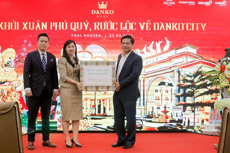 Lãnh đạo tỉnh thăm, động viên CBNV Danko Group nhân dịp đầu Xuân Tân Sửu 2021