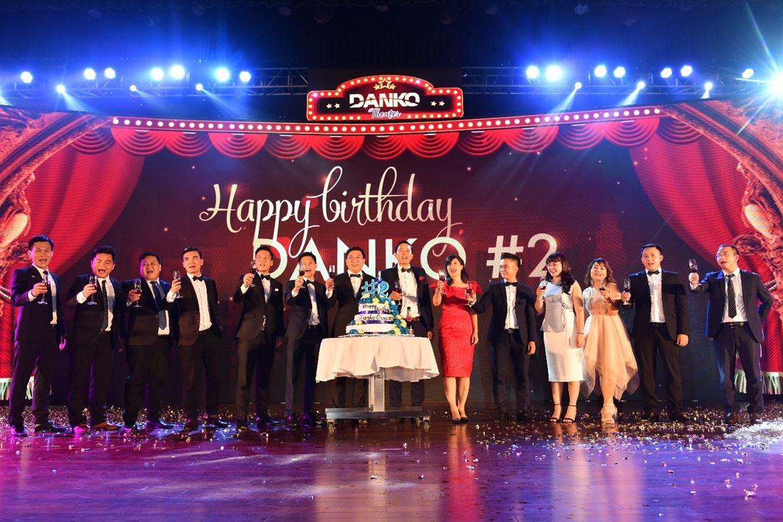Bản giao hưởng Danko #2 - Nhà hát của những giấc mơ - đêm tiệc đầy cảm xúc của gần 1200 CBNV Danko Group