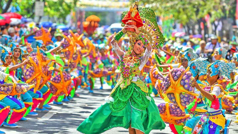 FLC Sầm Sơn hưởng lợi từ Lễ hội Carnaval Sầm Sơn 2019