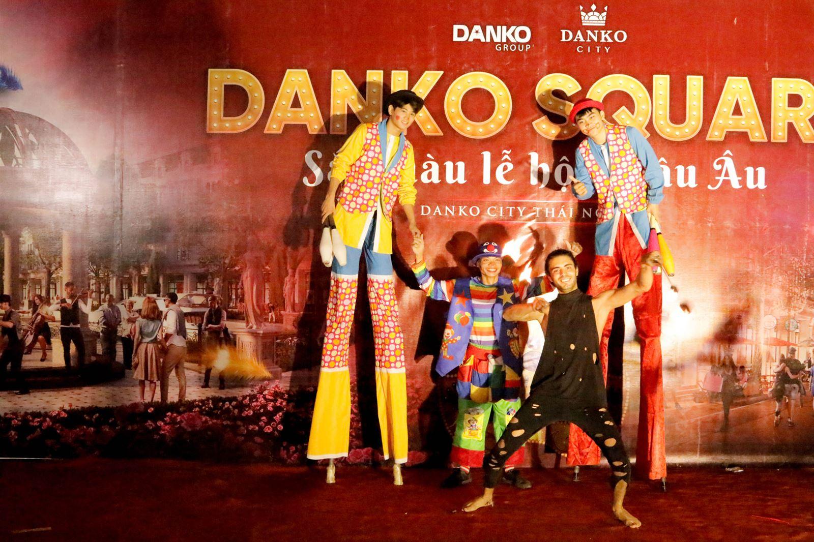 Danko Square - Sắc màu lễ hội châu Âu - Ngày 18/10/2020