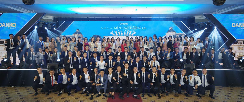 Hành trình kiến tạo giấc mơ - Đêm tiệc Tổng kết và Vinh danh 6 tháng đầu năm 2019 đầy cảm xúc của Người Danko