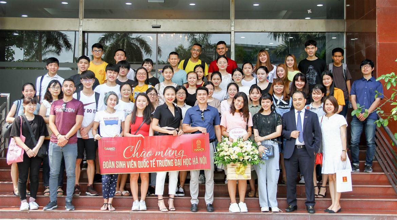 Sinh viên Đại học Hà Nội tham quan thực tế tại Danko Group